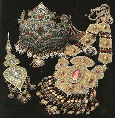 ethnic silver, antique Bukharian jewels, Uzbekistan.