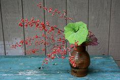 Ikebana-Berries and Leaves | Flickr : partage de photos !