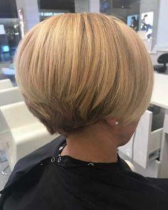 Blondes kurzes Bob-Haar