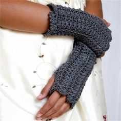 vintage lacy fingerless gloves