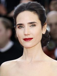 Jennifer Connelly- beautiful hair and make up Hair Color For Women, Cool Hair Color, Hair Colors, Cool Winter, Dark Winter, Clear Winter, Color Type, Type 4, Divas