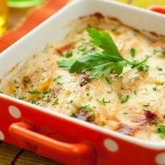Отличный рецепт если нужно без особых хлопот приготовить изысканное блюдо к праздничному столу, и не только. Блюдо получается очень сочным и нежным.
