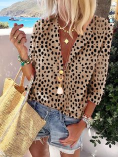 New look tops Women's Long Sleeve Leopard Suit Collar Long Sleeve Shirt – Basisstyle Bow tie – It's Mode Outfits, Casual Outfits, Fashion Outfits, Womens Fashion, Fashion Trends, Casual Shirts, Fashion Blouses, Pastel Outfit, Mode Style