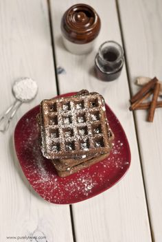 Flourless Gingerbread Waffles see more at http://blog.blackboxs.ru/category/christmas/