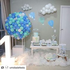 Create your perfect party with various decorations like the picture below!Choose from some of plain and themed birthday party decorations including banners, bunting, paper decorations, pom poms,baloon and more. Balloon Decorations, Birthday Party Decorations, Baby Shower Decorations, Birthday Parties, Baby Shower Themes, Baby Boy Shower, Baby Shower Parties, Diy Hot Air Balloons, Baby Shower Balloons