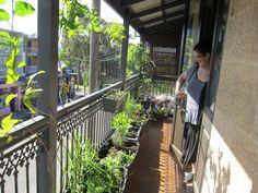 Japanese Balcony Garden Design Ideas 22