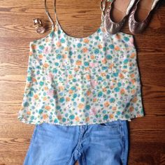 Lush Spaghetti Strap Flowy Top size Medium Excellent Condition Lush Top, size Medium. Beautiful and flowy, so on trend! Perfect alone with your Tieks and jeans or pair under a sweater or jacket. Sheer material Lush Tops Camisoles