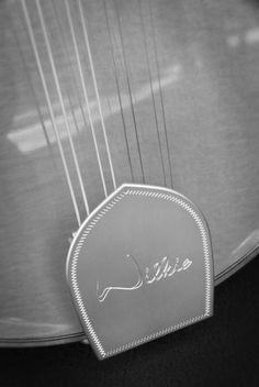 Wilkie Stringed Instruments Northern Flyer Mandolin tailpiece