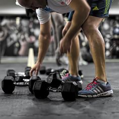 Semi Private personal training is an affordable option to getting your own personal trainer if you are already comfortable in the Gym, Train in small groups of up to 5 people under the guidance and coaching of one of our elite team of personal trainers. We take care of your programming, form, workouts, all you have to do is come to the sessions!