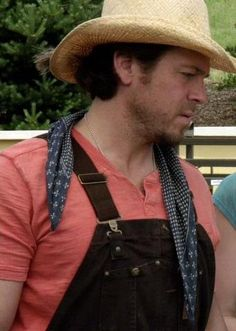 The Cork Screw Job of LEVERAGE screen capped by ladee leverage . This is Christian Kane actor, singer, songwriter, stuntman, cook! Christian Kane, Beautiful Blue Eyes, Beautiful Men, Chris Kane, Secondhand Lions, Into The West, Country Boys, American Actors, Bad Boys