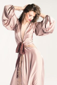 Lingerie I Wish I'd Bought: Early 2015 Edition | Amoralle 'Lilac of Luck' Robe - Those sleeves!