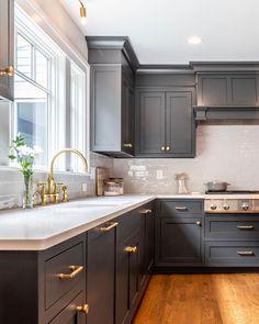 Küchenstil 32 Fabulous Grey Kitchen Cabinets You Will Love Is my child a target for internet predato Home Decor Kitchen, Interior Design Kitchen, Diy Kitchen, Home Kitchens, Kitchen Ideas, Grey Kitchens, Kitchen Renovation Design, 10x10 Kitchen, Grey Kitchen Designs