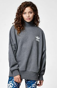 Hooked on Mock Neck Sweatshirt that I found on the PacSun App