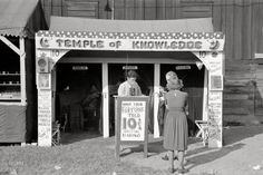Fortune teller's cubicle, state fair.  Donaldsonville, Louisiana.  November 1938.