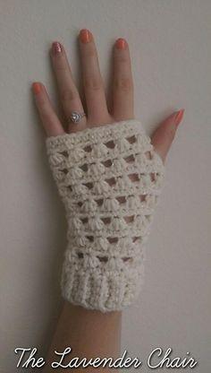 Lazy Daisy Fingerless Gloves free crochet pattern - The Lavender Chair