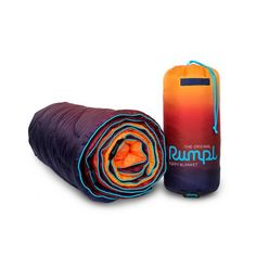 We're Getting Faded! Blankets for cozy nights in far away places. Rumpl's Faded Puffy Blanket uses the same technical materials found in premium sleeping bags.