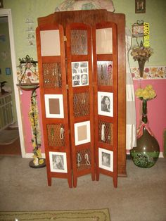 Brown Tri-fold Wood Room Divider Screen Photo Display And Jewelry Organizer