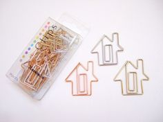 house paperclips