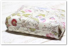 Diy Bags, Bed Pillows, Pillow Cases, Baskets, Pouch, Couture, Sewing, Handmade, Pillows