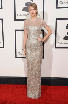 Taylor Swift in Gucci dress at 2014 Grammy Awards.