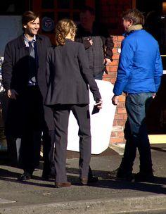 David Tennant, Anna Gunn, and James Strong on set of Gracepoint.