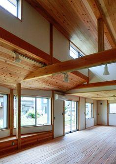 今回紹介するのは、1000万円台で叶えたローコスト住宅。老後を考えてバリアフリーとなっている平屋の住まいです。