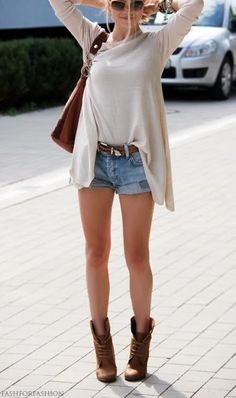 boots & shorts Get exclusive discounts on fashion: http://www.studentrate.com/fashion/fashion.aspx <3