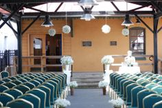 hanging baby's breath balls at ceremony sit