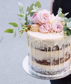 Half-naked wedding cake with red peonies and macaron wedding cake . Half-naked wedding cake with red peonies and macaron wedding cake . - Half-naked wedding cake with red peonies and mac. Pretty Cakes, Beautiful Cakes, Amazing Cakes, Bolo Cake, Tier Cake, Engagement Cakes, Engagement Parties, Wedding Cake Inspiration, Wedding Ideas