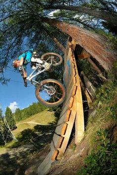 Mountain biking. THECYCLINGBUG.CO.UK #thecyclingbug #cycling #bike #mtb