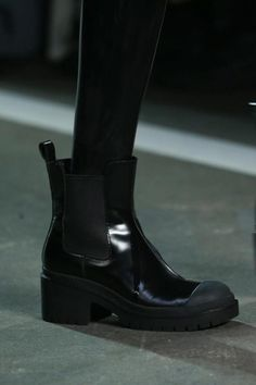 Marc by Marc Jacobs Spring 2015 Ready-to-Wear Fashion Show Details Bootie Boots, Shoe Boots, Shoe Bag, Panda Eyes, Duffy, Back To Black, Fashion Boots, Latest Fashion Trends, Rubber Rain Boots