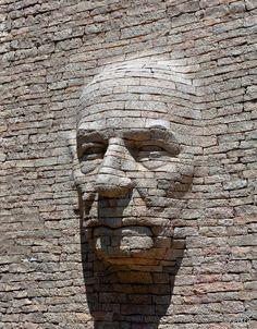 """Emmanuel Augier : """"vieux, mur""""_ Parking public de Levens (France : Alpes maritimes)"""