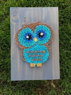 This little owl would make a great addition to a nursery or kids room and also would make a great gift :) The picture shown is approximately 8x11 and stained with classic gray Fully customizable! Stain options are shown in the last picture, just be sure to include the color or stain you would like in the note to seller. We use high quality pine wood for all of our boards, and due to the beautiful grains in the wood the stains may appear slightly different in person. Sawtooth hangers will be…