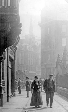East Parade looking towards High Street/Church Street and Fargate, Gate posts of Cathedral SS Peter and Paul on right Gate Post, Sheffield City, My Town, Old Photos, Yorkshire, Cathedral, Old Things, England, Black And White