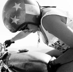 women-motorcycle.jpg (1480×1458)