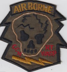 US Army Special Forces Recon Team Wasp CCN MACV SOG Vietnam Patch Us Army Patches, Cool Patches, Pin And Patches, Special Forces Patch, Us Special Forces, North Vietnam, Vietnam War, Marine Recon, My War