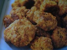 Sausage Cheese Balls-Trisha Yearwood is a wonderful country cook. I have both her cookbooks and will share some of the recipes I like. This is one of them. So easy to prepare and so darn good. Everyone loves them.