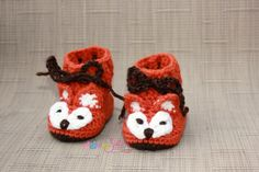 Crochet Baby Fox Booties, Baby Crochet tall baby booties/boots with ankle ties. These are so cute as everyday shoes, photo prop, baby gift,