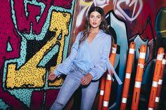 BLUSA MIX ESTAMPADOS: Blusa de silueta holgada con mix de estampados, escote de caída diagonal y mangas con volumen y lazos. Disponible en rosa y azul. Red Leather, Leather Jacket, Jackets, Fashion, Pink, Characters, Plunging Neckline, Silhouettes, Hair Bows