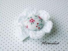 Momilio spineczka kwiatuszek