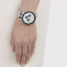 Der teure Spaß von Givenchy. Hier entdecken und kaufen: http://sturbock.me/yXz