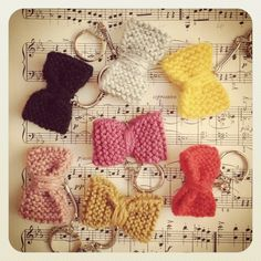 Knitted BOW keyring £1.50