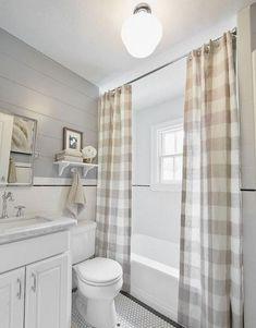 Rustic bathroom shower curtains stunning small farmhouse bathroom decor ideas and to inspire your bathroom rustic Cortina Box, Rideaux Design, Upstairs Bathrooms, Farmhouse Bathrooms, Farmhouse Curtains, Small Bathrooms, Basement Bathroom, Cottage Curtains, Farmhouse Shower Curtain