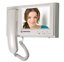 Монитор видеодомофона Tantos LOKI (Vizit или XL) LOKI (Vizit или XL) Tantos LOKI (Vizit или XL) - монитор цветного видеодомофона 7 дюймов, адаптирован для работы с многоквартирными домофонами. Дизайн монитора прост и изящен. Ничего лишнего, идеальный вариант для офиса.Особенности:Адаптирован для работы с многоквартирными домофонамиXL- RAIKMAN, PROEL, KEYMAN, LASKOMEX и их аналогамиVZ - VIZIT, CYFRAL, ELTIS и их аналогами.Простое управление функциямиСовместимость с большинством моделей…