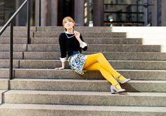 60's mod vibes - Zara Printed mini skirt, h& black knit mustard yellow tights / stockings