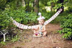 Cute photo and idea, but Titus would be eating dirt with the cake.... yuck.  :b  I'd need a blanket.  :)