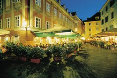 Outdoor cafes in Graz, Austria. Great Places, Places Ive Been, Places To Go, Beautiful Places, Best Hotel Deals, Best Hotels, Graz Austria, Grand Cayman Island, Outdoor Cafe