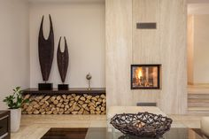 Modern fireplace with clean lines.better for small rooms? Modern fireplace with clean lines.better for small rooms? Modern fireplace with clean lines.better for small rooms? Fireplace Facade, Fireplace Seating, Fireplace Built Ins, Wood Fireplace, Fireplace Surrounds, Fireplace Ideas, Fireplace Mantels, Decor Interior Design, Interior Decorating