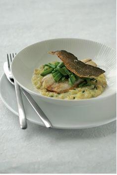 zeebaars met aardappelrisotto en snijboontjes, fontinellakaas