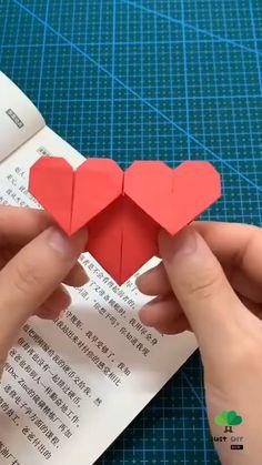 Cool Paper Crafts, Paper Crafts Origami, Diy Paper, Fun Crafts, Easy Diy Gifts, Diy Crafts For Gifts, Handmade Crafts, Instruções Origami, Origami Bookmark